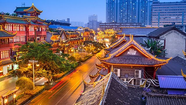 التسوق في السوق الصيني بكاولالمبور