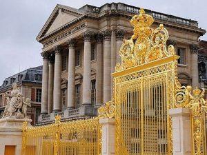 قصر فرساي من اجمل اماكن السياحة في باريس فرنسا
