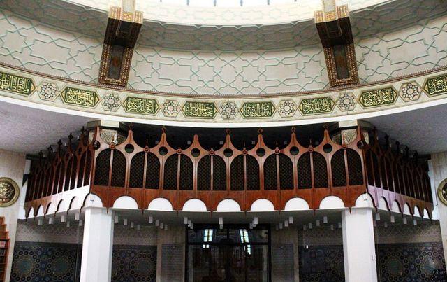 المسجد العائم في جدة من أشهر الأماكن السياحية