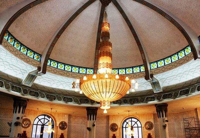 المسجد العائم في جدة من أهم المعالم السياحية بالسعودية
