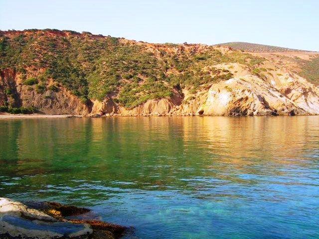 شاطئ الزرزور من افضل شواطئ في تلمسان