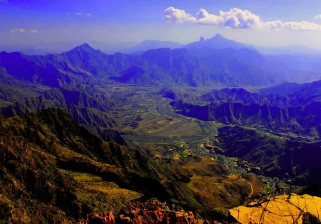 منتزه جبل شد الأعلى من أجمل الأماكن السياحية في الباحة