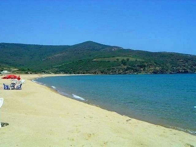 شاطئ النصر من افضل الشواطئ في عنابة