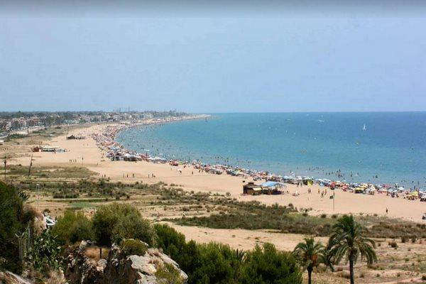 افضل الشواطئ في برشلونة