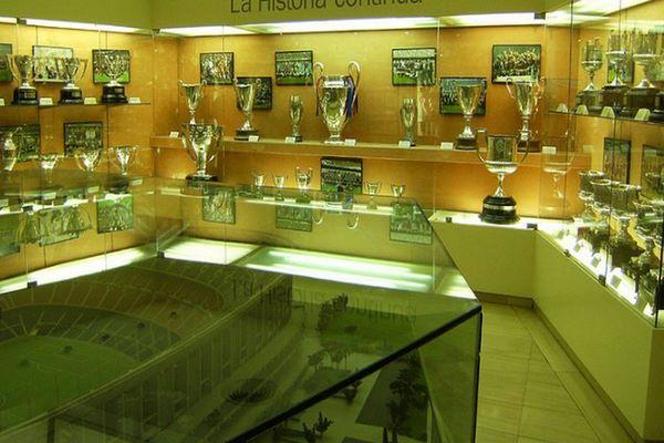 متحف نادي برشلونة من أهم المتاحف الرياضية