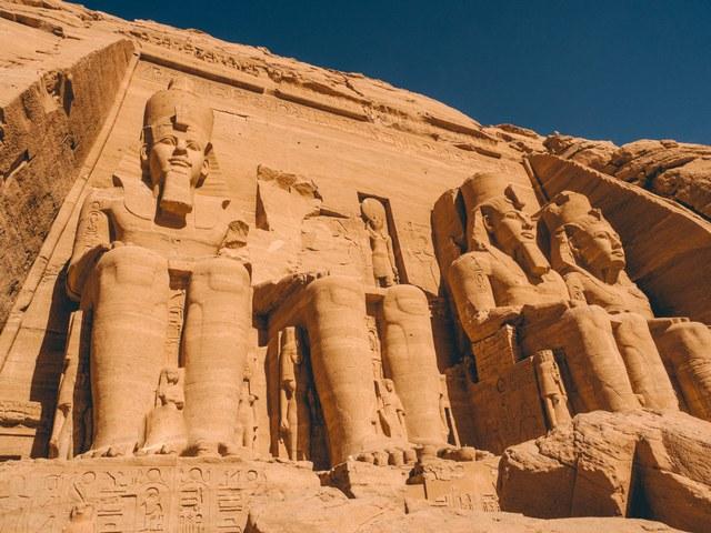 جزيرة الفنتين في مصر اسوان