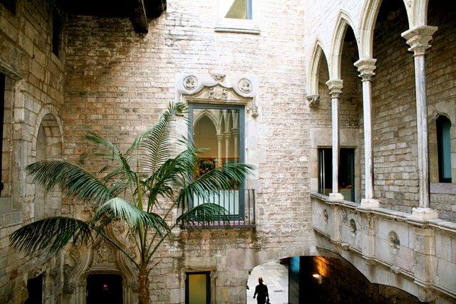 متحف بيكاسو برشلونة