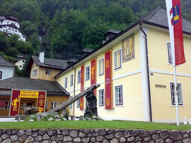 من معالم السياحة في هالشتات هو متحف قرية هالستات النمساوية