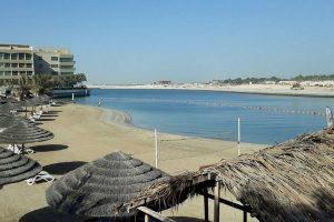 شاطئ الراحة ابوظبي من أجمل شواطئ ابوظبي