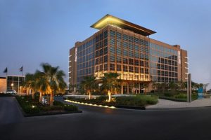فندق سنترو جزيرة ياس من افضل فنادق ابوظبي الامارات
