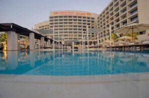 فندق كراون بلازا ياس ابوظبي