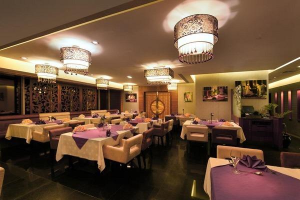 فندق جراند الامارات دبي