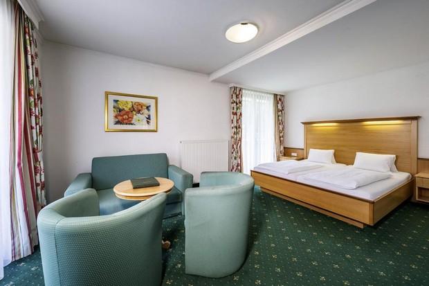 فندق مارتيني كابرون