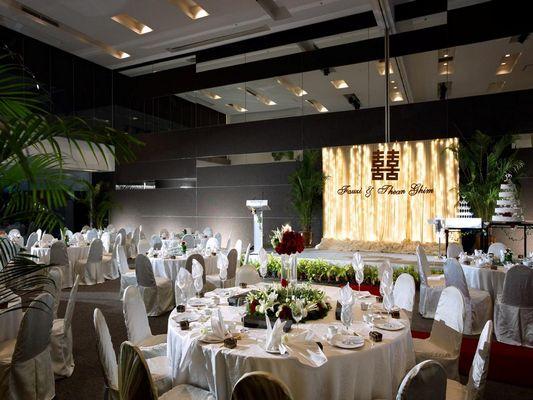 يُقدّم مايا كوالالمبور 3 مطاعم مُختلفة تُوفّر المأكولات العالمية والآسيوية.