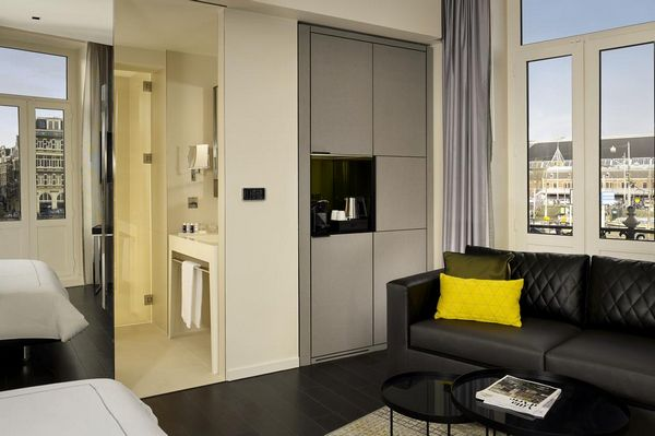 فندق فكتوريا في مدينة امستردام