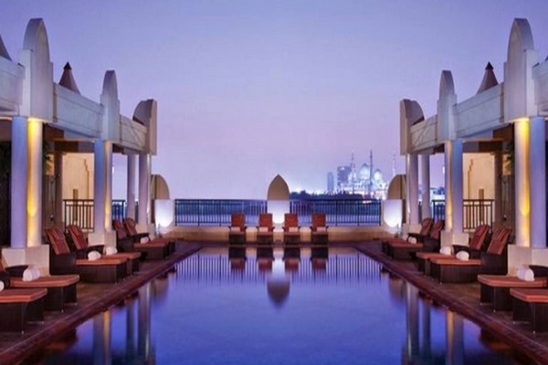 فنادق ابوظبي مطلة على البحر