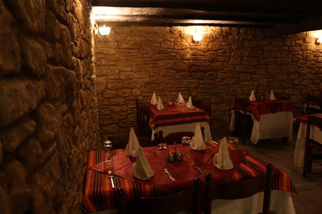 مطعم كهف النكهات La grotte des saveurs من أروع مطاعم الجزائر العاصمة