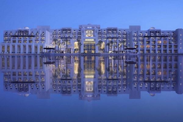 فنادق في ابوظبي مُطلة على شاطئ البحر