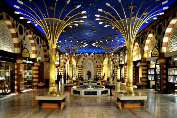 منطقة الديرة في دبي من أجمل مناطق المدينة