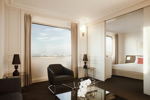 فندق نوفوتيل برج ايفل