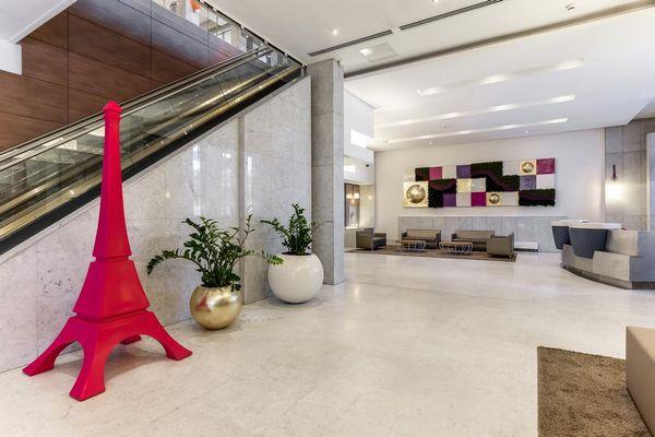 صالة الاستقبال في فندق نوفوتيل باريس تور ايفل