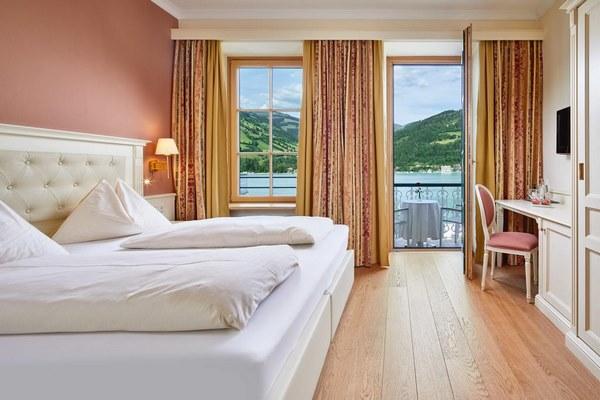 إطلالات رائعة لا توجد سوى في فنادق زيلامسي القريبه من البحيره