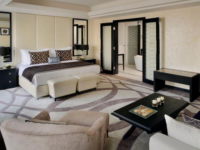 فندق موفنبيك في الرياض