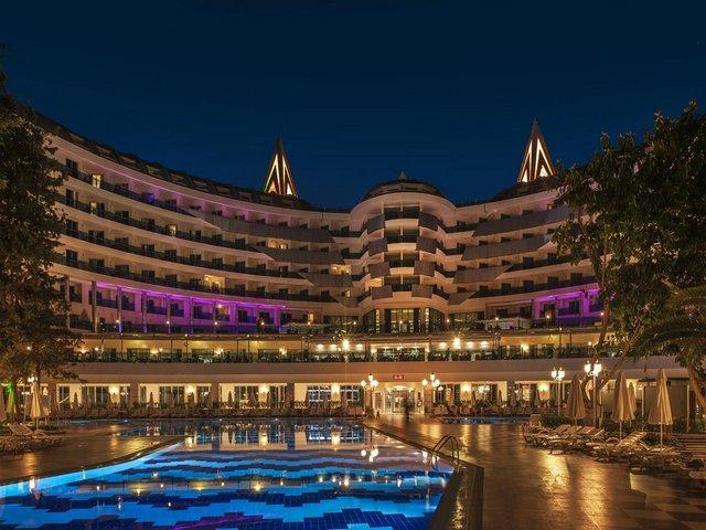فندق دولفين انطاليا تركيا
