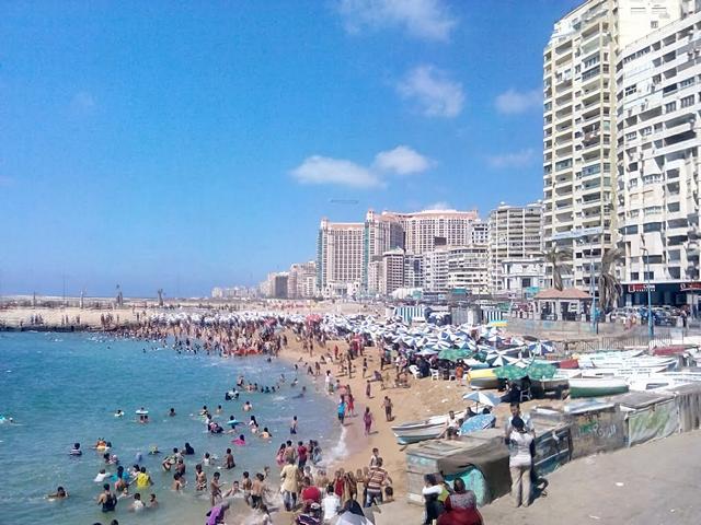 شاطئ جليم بمدينة الاسكندرية