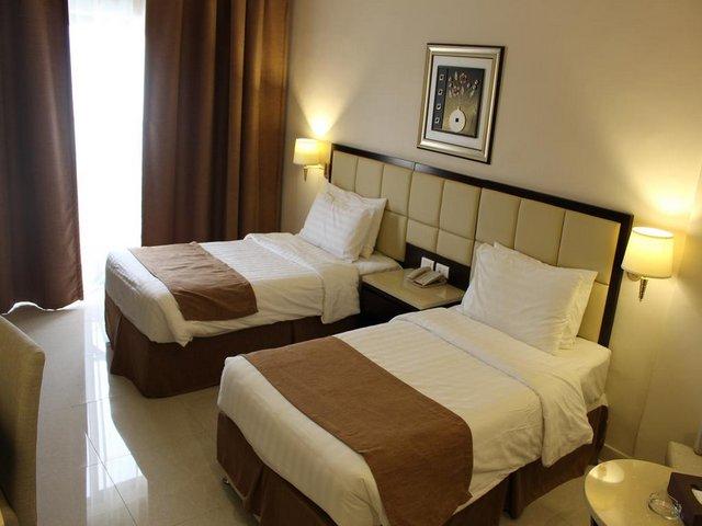 فندق جراند البحر الميت