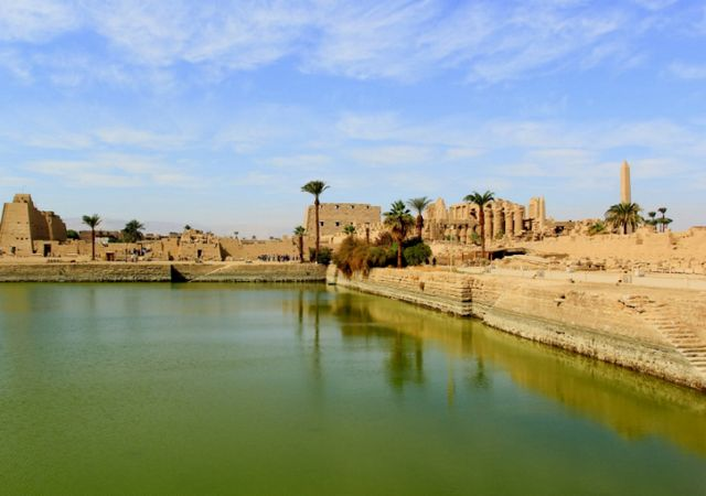 معبد هابو بالاقصر مصر