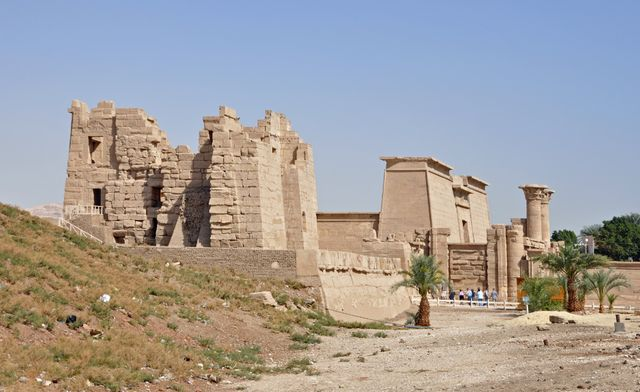 معبد هابو بالاقصر