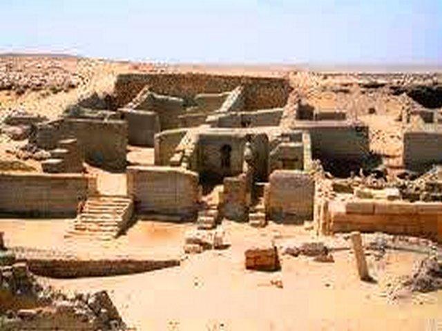 هرم هوارة في الفيوم مصر