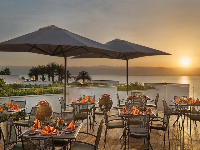 فندق هيلتون البحر الميت