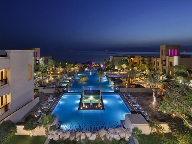 فندق هوليدي ان البحر الميت