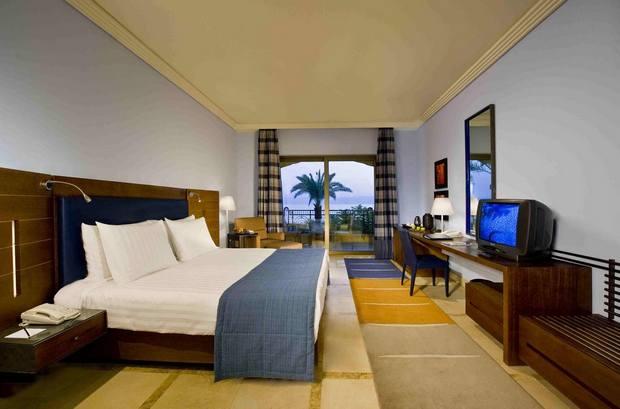 فندق كمبنسكي البحر الميت