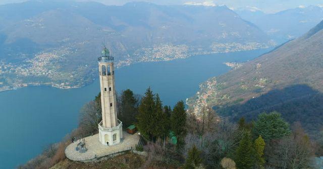 بحيرة كومو في ايطاليا