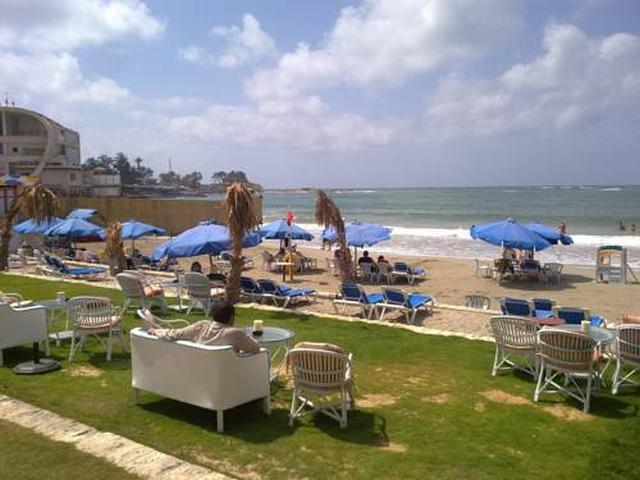شاطئ المعمورة بمدينة الاسكندرية