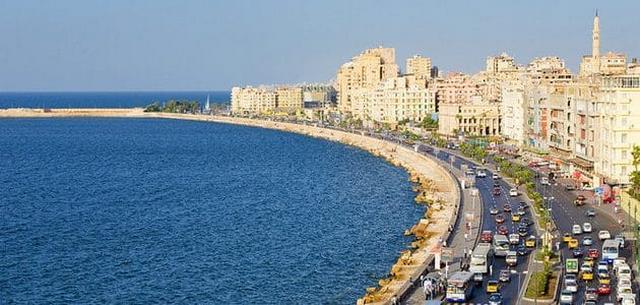 شاطئ ميامي من شواطئ اسكندرية المجانية الرائعة