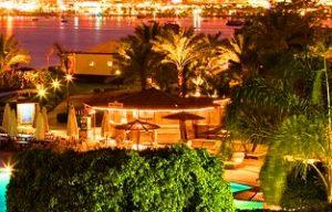 خليج نعمة من افضل اماكن السياحة في شرم الشيخ