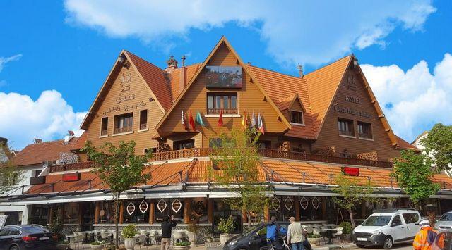 فنادق افران في المغرب