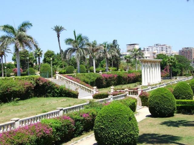 حدائق أنطونيادس من أقدم حدائق الاسكندرية وأجملها