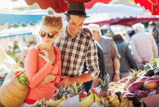 السياحة في كومو والتسوق بها