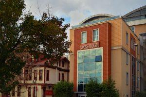 فندق ويز ازميت من أفضل فنادق المدينة