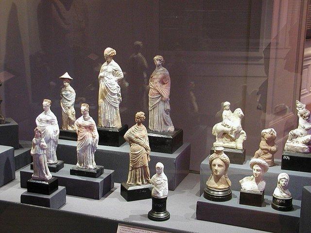 المتحف القومي بالاسكندرية من متاحف الاسكندرية المميزة