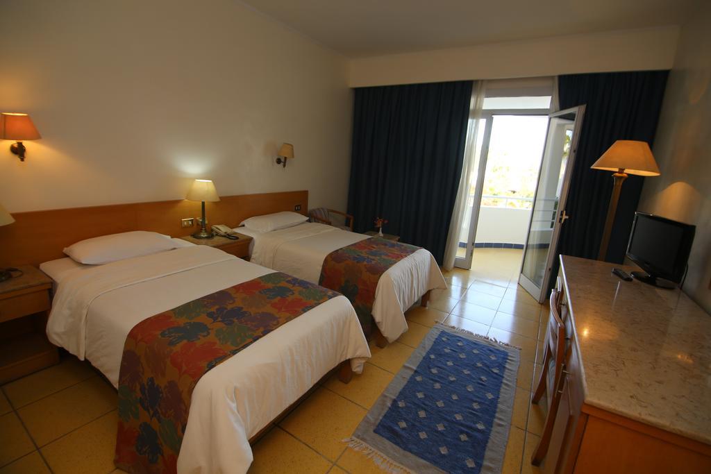 فندق ريف شرم من فنادق شرم الشيخ الهضبة التي تتمتّع بأسعار مُناسبة.