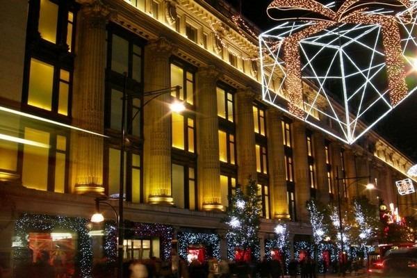 تحتل فروع فندق الماريوت لندن مواقع حيوية في المدينة