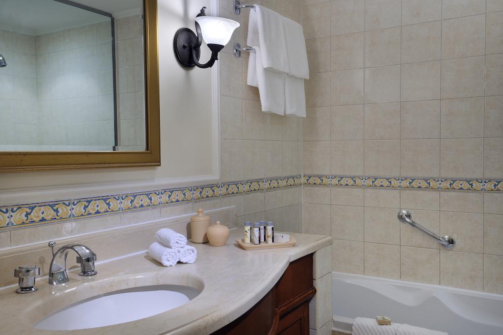 فندق رنيسانس شرم الشيخ