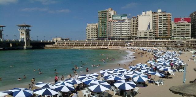 شاطئ ستانلي في مدينة الاسكندرية