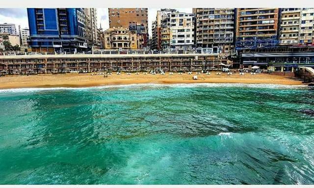 شاطئ ستانلي في الاسكندرية